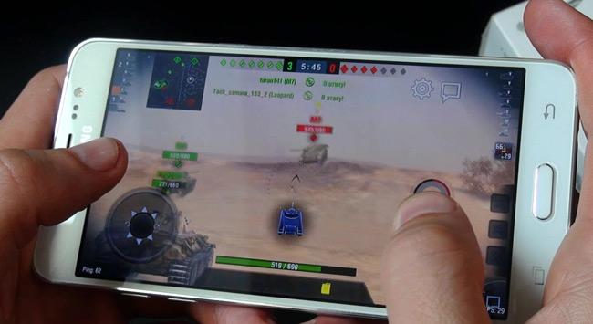 тест Samsung Galaxy J5 в игре WOT BLITZ